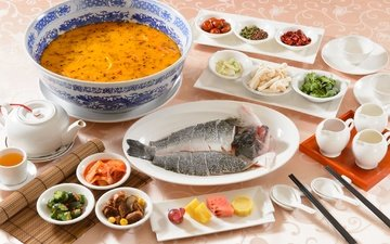 стол, овощи, рыба, приборы, суп, ассорти