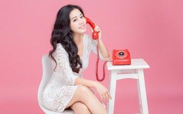 стиль, девушка, настроение, улыбка, взгляд, телефон, азиатка, столик