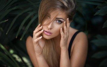 девушка, портрет, взгляд, волосы, лицо, руки, макияж, alex fetter, обнаженные плечи, lina roth