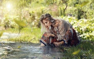 девушка, блондинка, ручей, взгляд, волосы, босиком, алессандро ди чикко