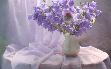цветы, ваза, колокольчики, кувшин, столик, натюрморт, занавеска