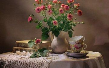 цветы, розы, книги, салфетка, кувшин, чашки, столик, натюрморт, скатерть
