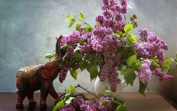 цветы, ветки, слон, кувшин, сирень, слоник, столик, натюрморт, фигурка