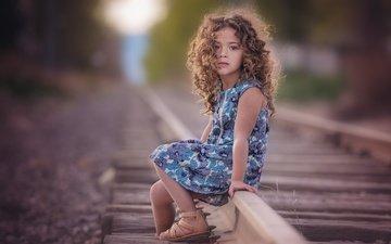 дорога, рельсы, платье, дети, девочка, кудри, волосы, лицо, ребенок, д, amber bauerle