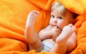 ножки, ребенок, одеяло, малыш, плед