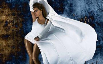 girl, pose, look, hair, singer, figure, in white, beyonce