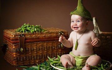 ребенок, малыш, горох, блюдо, стручки, короб, колпачок