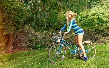 трава, музыка, ноги, певица, велосипед, бейонсе, фотосессия