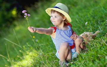 трава, природа, цветок, лето, девочка, ребенок, шляпка, туника, малышка