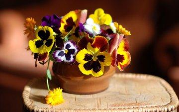 цветы, ваза, салфетка, букетик, анютины глазки