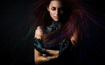 девушка, поза, музыка, краски, движение, волосы, черный фон, взмах рук, veronika delovaya