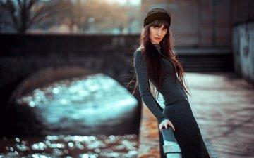 стиль, девушка, платье, поза, взгляд, набережная, волосы, шапочка, боке, perdita sommer