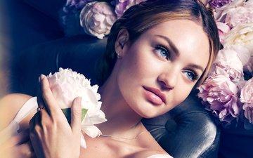 рука, девушка, цветок, портрет, взгляд, модель, лицо, пион, кэндис свейнпол
