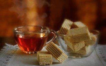 чашка, чай, салфетка, вафли