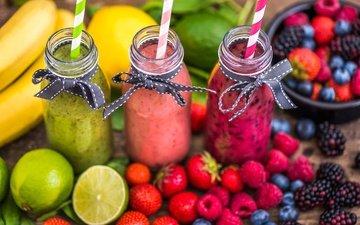 малина, фрукты, клубника, лайм, напитки, черника, бананы, ежевика, фреш, смузи