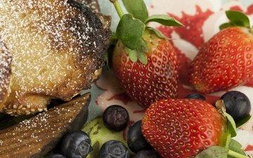 клубника, ягоды, черника, выпечка, пирог