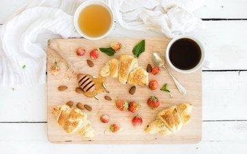клубника, кофе, ягоды, завтрак, мед, круассан, миндаль, круассаны, coffee cup