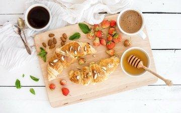 клубника, кофе, ягоды, завтрак, мед, круассан, миндаль, горячий шоколад, круассаны