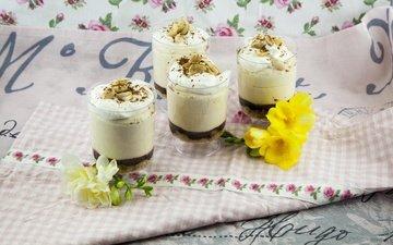 орехи, мороженое, стаканы, цветочки, десерт, чизкейк, крем