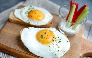 хлеб, овощи, яйца, яичница, глазунья, желток