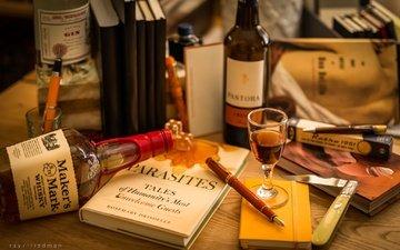 ручка, бутылки, нож, книга, перо, натюрморт, виски, рюмка