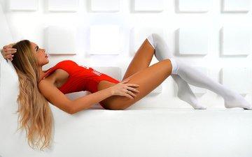 девушка, модель, ножки, чулки, позирует, боди, лежа