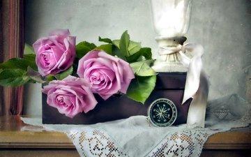 цветы, розы, ленточка, салфетка, коробка, компас