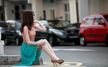 девушка, настроение, взгляд, улица, профиль, ножки, каблуки, азиатка