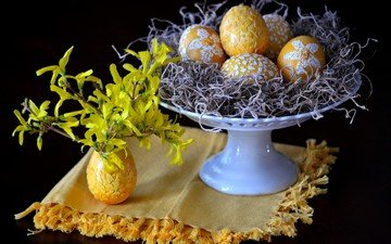 цветы, черный фон, пасха, яйца, салфетка, букетик, натюрморт, гнездо