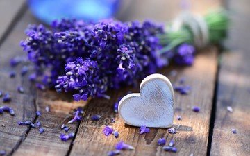 цветы, лаванда, сердечко, стол, букет, сердце.