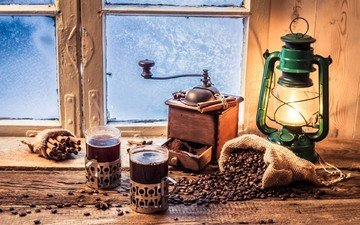 напиток, корица, кофе, лампа, мельница, окно, стаканы, кофейные зерна, подоконник, керосиновая лампа, морозные узоры