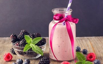 мята, напиток, малина, ягоды, коктейль, черника, трубочка, бантик, ежевика, бутылочка, смузи