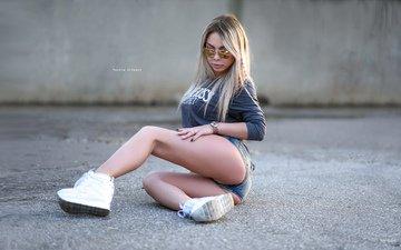 model, posing