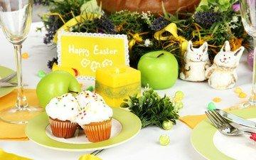 свечи, яблоки, пасха, яйца, бокалы, праздник, выпечка, натюрморт, кексы, сервировка