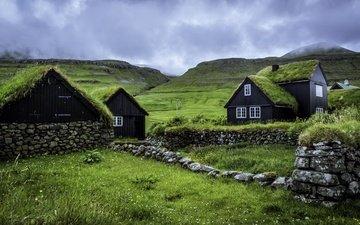 небо, облака, холмы, пейзаж, домики, фарерские острова, husevig, sandoy, husavik island