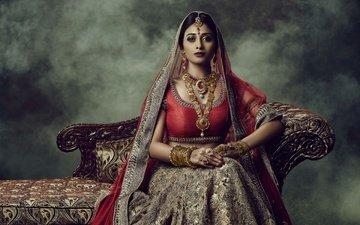 глаза, стиль, девушка, поза, брюнетка, модель, волосы, лицо, макияж, ювелирные изделия, сари, индийский