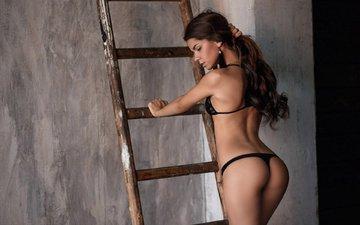 лестница, стена, попка, длинные волосы, черное белье, viktoria bilal