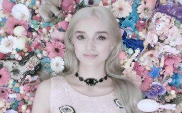 девушка, блондинка, улыбка, взгляд, волосы, лицо
