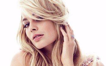 глаза, блондинка, модель, губы, актриса, белый фон, голубые глаза, фотосессия, длинные волосы, знаменитость, марго робби