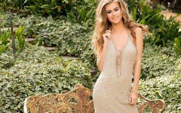 девушка, платье, улыбка, взгляд, модель, волосы, лицо, amberleigh west