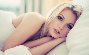 blonde, model, hair, face, bed, blue-eyed