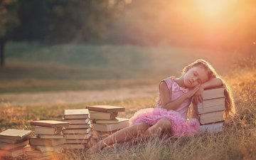 mood, sleep, books, girl, child, broquart.photography