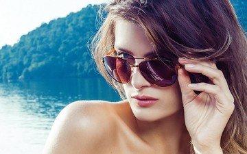 девушка, брюнетка, взгляд, модель, волосы, лицо, изабели фонтана, солнцезащитные очки