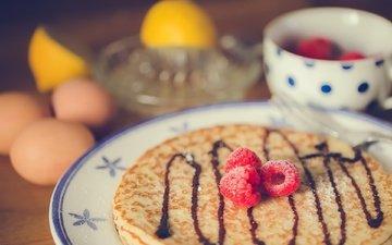 малина, ягоды, яйца, тарелка, блины