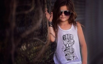 glasses, girl, t-shirt, fashionista, danielle waage
