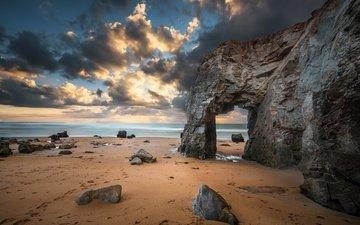 небо, облака, скалы, природа, камни, берег, море, песок, пляж