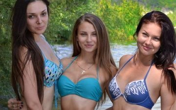 улыбка, грудь, волосы, лифчик, три девушки