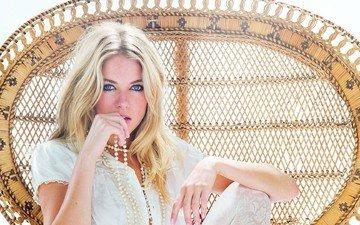 blonde, look, model, actress, beads, blue eyes, sienna miller