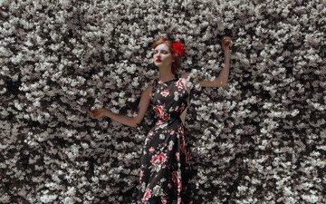 цветы, цветение, девушка, платье, рыжеволосая, закрытые глаза