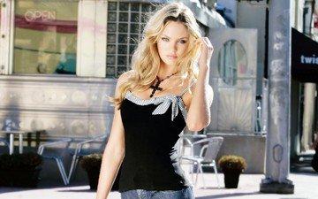 глаза, рука, блондинка, модель, фотосессия, длинные волосы, супермодель, кэндис свейнпол